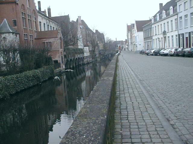 Brugges (Belgique): http://www.alexandre-n.narod.ru/Text/Ru/Voyages/Brugges.htm